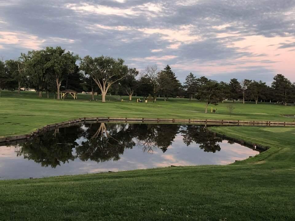 golf-course-pond